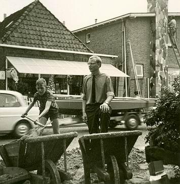 Resize_of_nico_en_sam_grou_1967