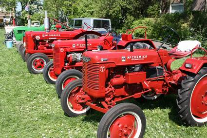Resize_of_oldtimers_tractoren_8_100