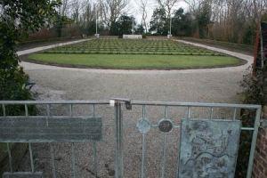 Resize of Texel erebegraafplaats Georgiers 06 15022011