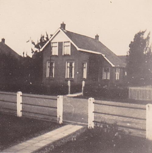 """Ons huis"", sept. '48"