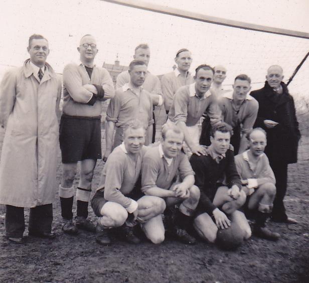 LJL 4e elftal kampioen 51-52