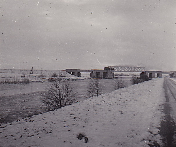 LJL Spoorbrug 1950 winter